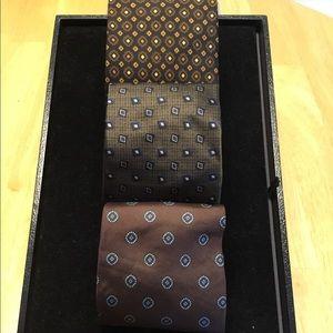 Bundle of 3 men's ties